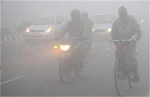दिल्ली में वायु प्रदूषण गंभीर स्तर तक पहुंचा, 'स्वास्थ्य संबंधी आपात स्थिति' की घोषणा