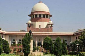 उच्चतम न्यायालय के पांच न्यायाधीशों की संविधान पीठ आधार याचिकाओं पर 18-19 जुलाई को करेगी सुनवायी